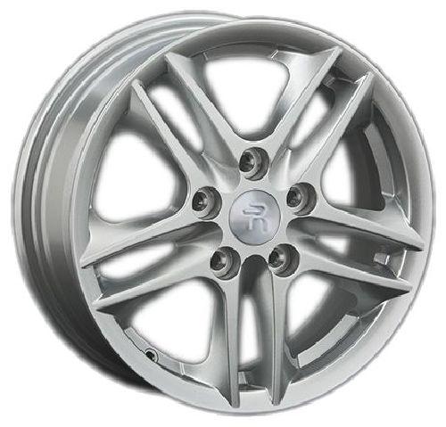 Replica FA13 5.5x15/5x114.3 D67.1 ET50 Silver